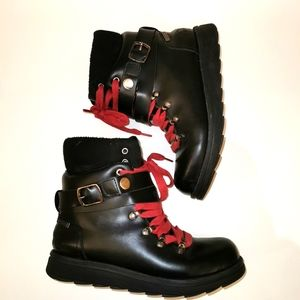 Grizzleez black ankle boots size 7 with red ties